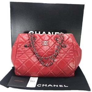 Chanel Cells Quilted Rouge Caviar Large Tote